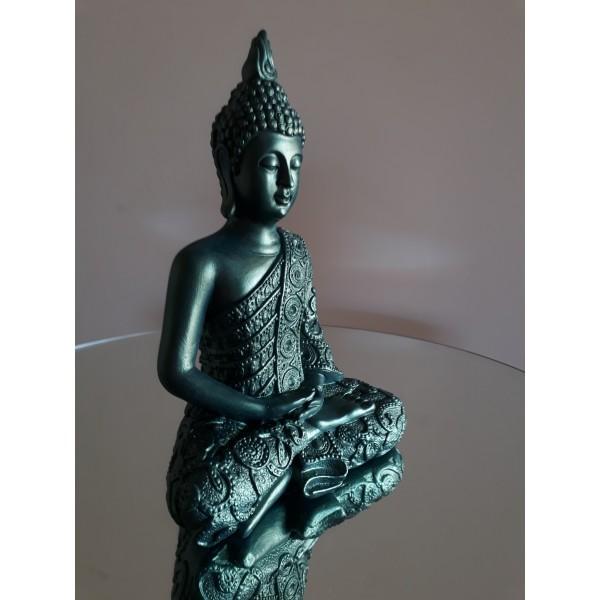 buda meditando verde
