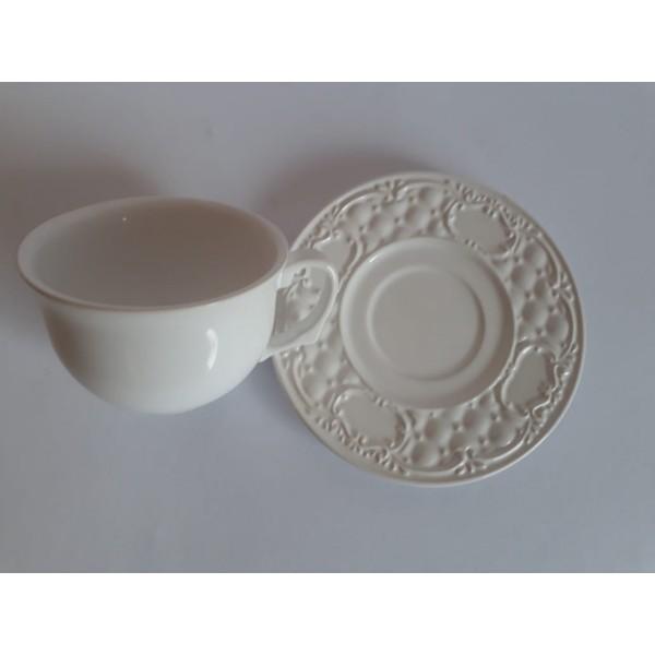 jogo 4 xícaras chá com pires branco