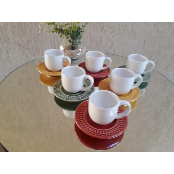 jogo 6 xícaras café branco com pires color