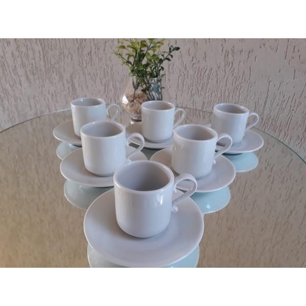 jogo 6 xícaras café branco com pires branco liso