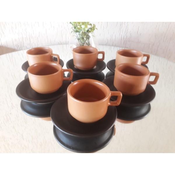 jogo 6 xícaras cafe cor telha com pires preto