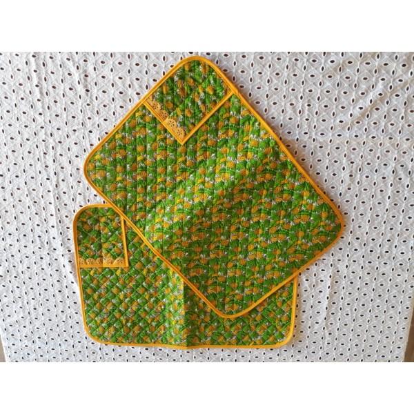 jogo americano com porta talher em tecido abacaxi