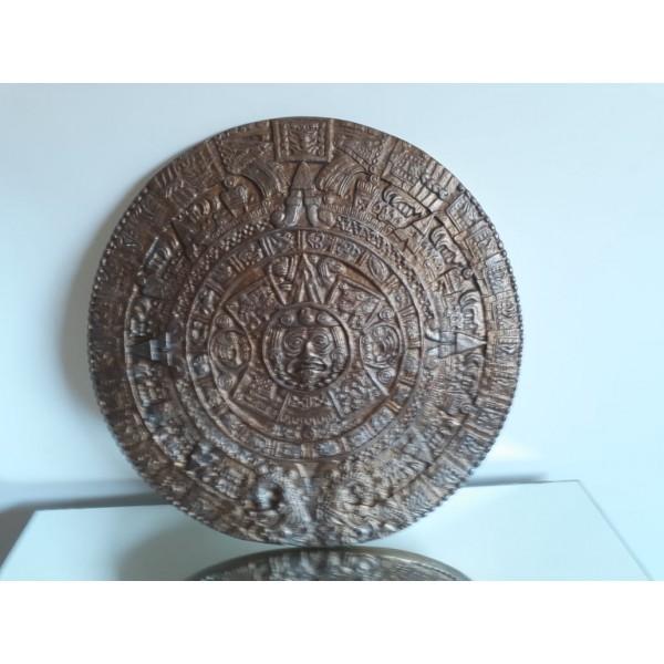 calendário maya dourado e prata