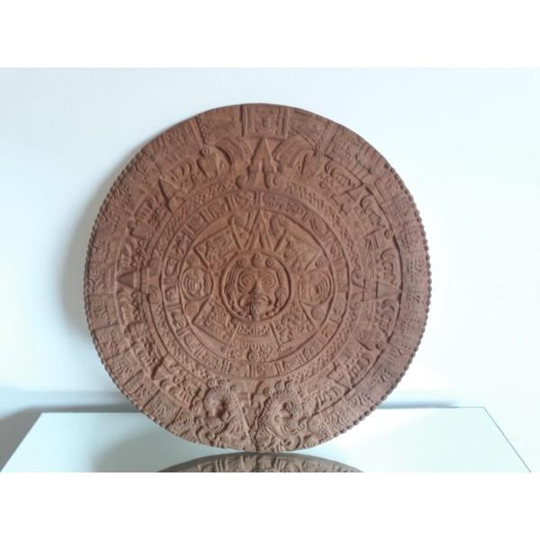 calendario maya marrom